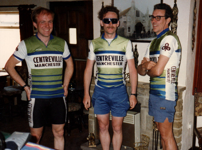 Barry Jones Centreville Cycling club cafe stop
